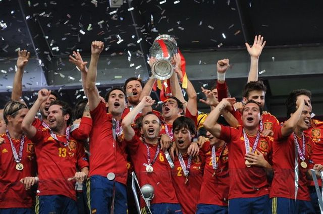 Spain winning the UEFA Euro 2012 Championships, CC BY-SA 3.0.